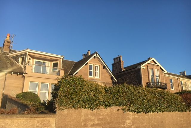 Thumbnail Flat to rent in Douglas Terrace, Broughty Ferry, Dundee