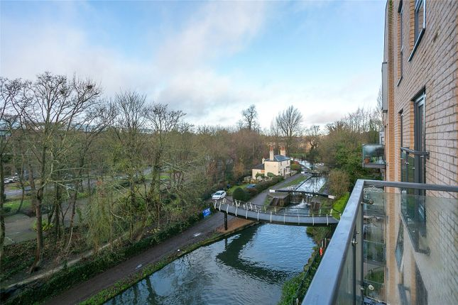 Picture No. 07 of The Embankment, Nash Mills Wharf, Hemel Hempstead HP3