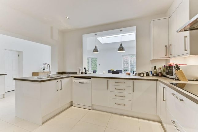 Thumbnail Detached house to rent in Rosslyn Park, Weybridge