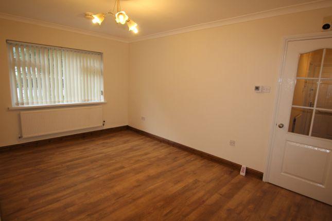 Thumbnail Flat for sale in Rowan Close (T13), Mountain Ash