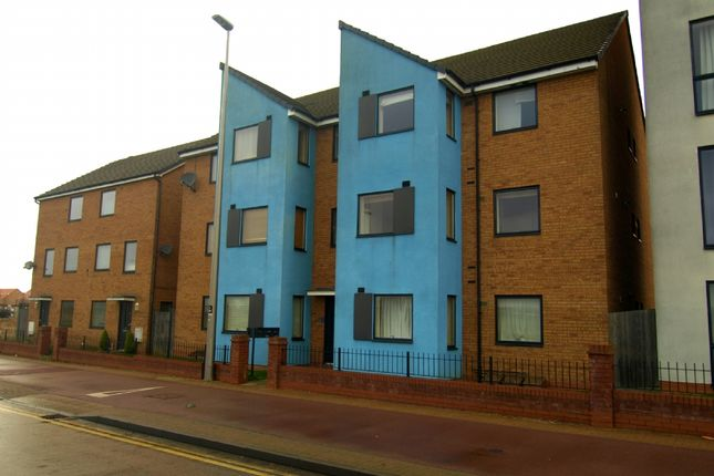 2 bed flat for sale in Countess Way, Broughton, Milton Keynes
