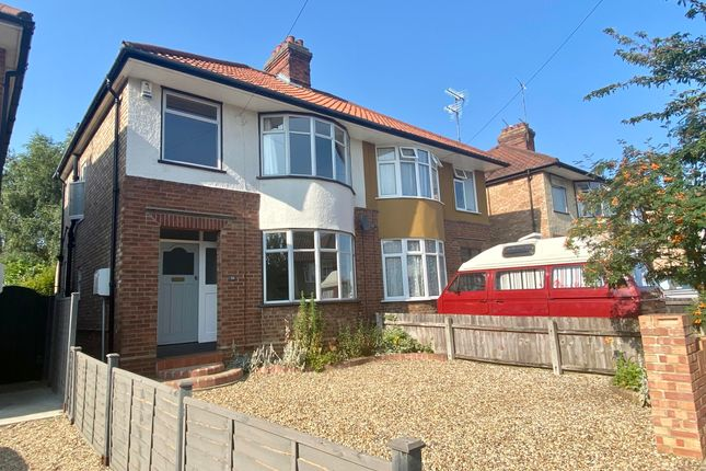 3 bed property to rent in Castle Road, Ipswich IP1