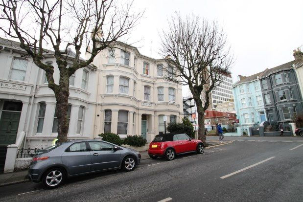 Thumbnail Flat to rent in 47 Eaton Place, Brighton