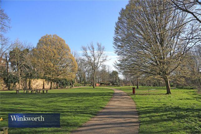 Picture No. 30 of Willowcroft, Lee Park, Blackheath, London SE3