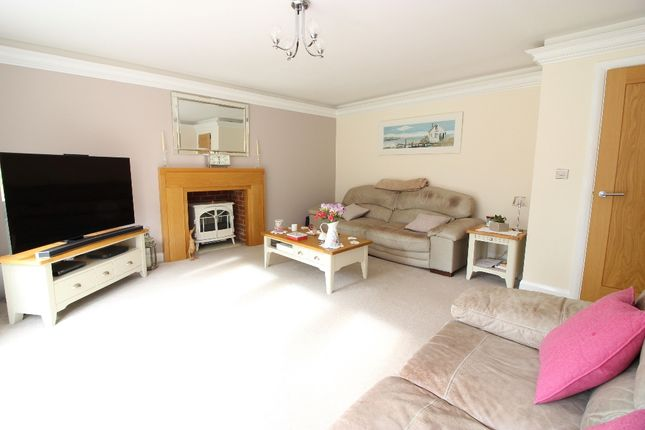 Lounge of London Road, West Kingsdown TN15