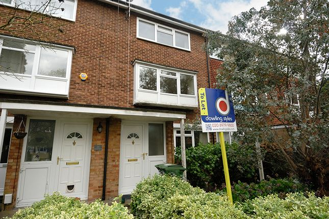 Thumbnail Maisonette to rent in Spurfield, West Molesey