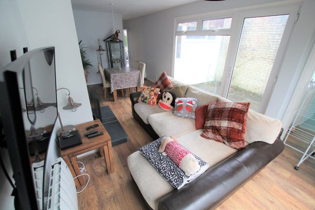 Thumbnail Bungalow to rent in Maes Henllan, Llandre, Bow Street