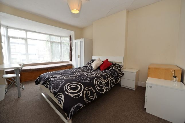 Thumbnail Detached house for sale in Anglesea Road, Southampton
