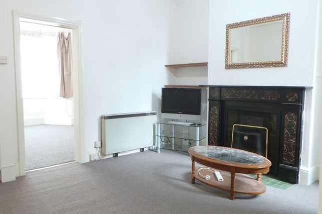 Thumbnail Flat for sale in Clarence Road, Enfield