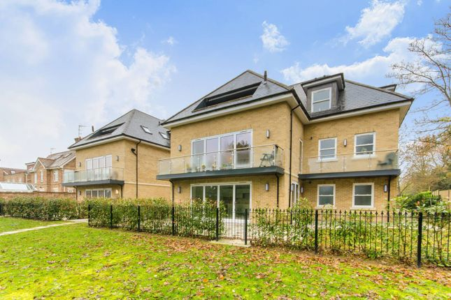 Thumbnail Flat to rent in Amethyst Close, Arkley, Barnet