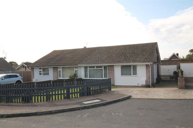 Main Picture of Cranford Close, Frinton-On-Sea CO13