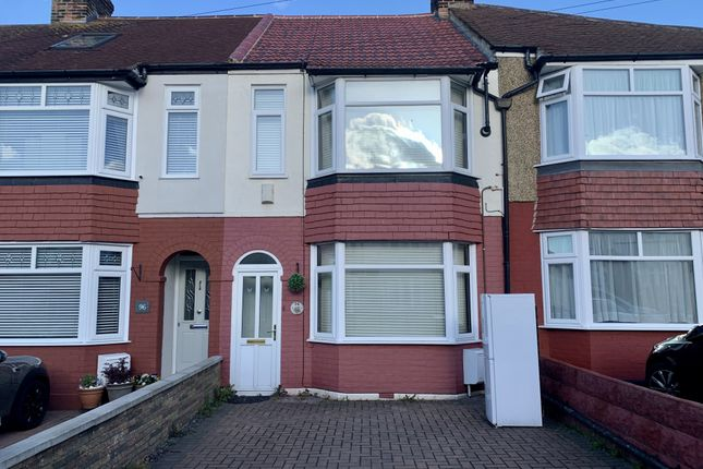 2 bed terraced house to rent in Featherby Road, Gillingham, Kent ME8