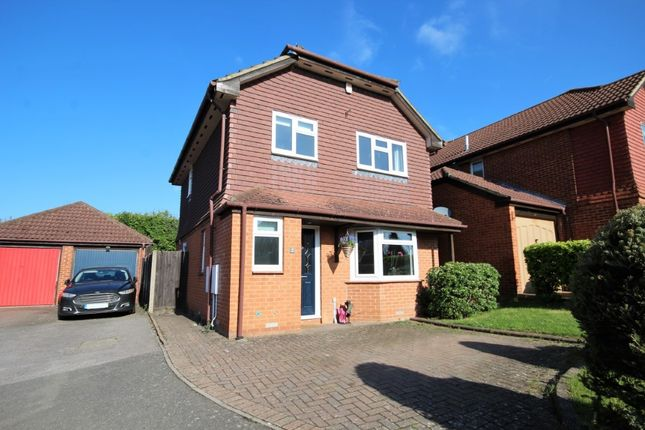 Thumbnail Detached house for sale in Saunders Close, Twyford