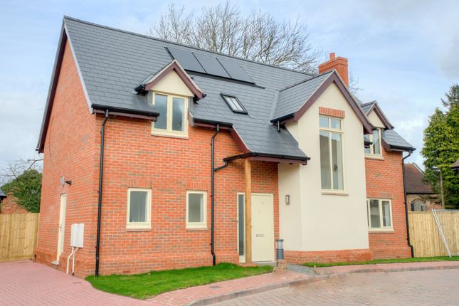 Thumbnail Detached house for sale in London Road, Ryton On Dunsmore, Coventry