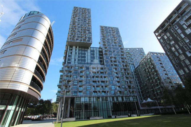 Thumbnail Property for sale in Duckman Tower, Lincoln Plaza, Canary Wharf, London
