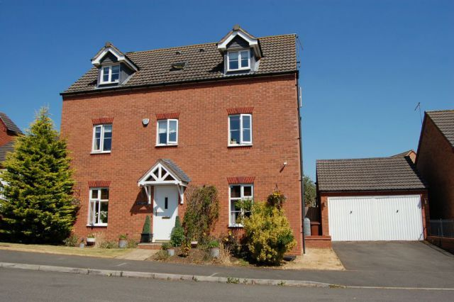 Thumbnail Detached house for sale in South Meadow View, St Crispins, Northampton