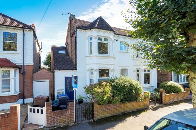 Thumbnail Flat for sale in Southdown Road, Wimbledon
