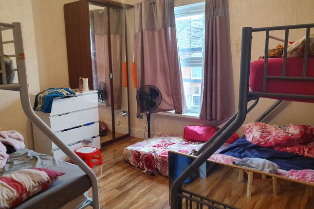 Main Bedroom of Thorpe Road, Walsall WS1