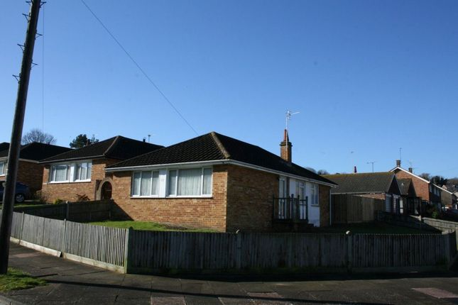 Thumbnail Bungalow to rent in Eridge Road, Eastbourne