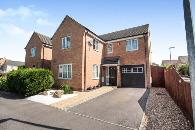 Thumbnail Detached house for sale in Reeve Close, Leighton Buzzard