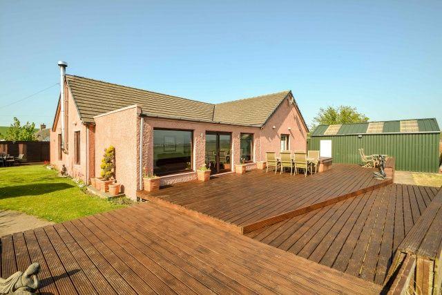 Thumbnail Detached house for sale in Carlowrie Farm Cottages, Burnshot Road, Kirkliston