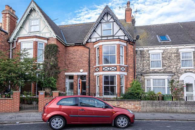 Thumbnail Terraced house to rent in South Terrace, Eastbourne Road, Hornsea