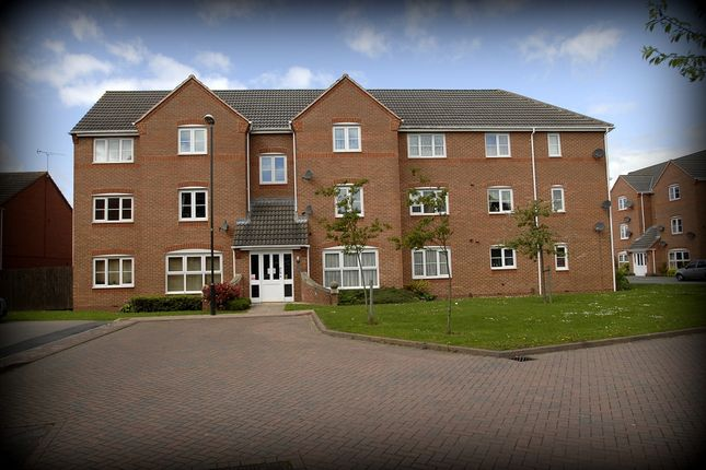 Thumbnail Flat to rent in Firedrake Croft, Coventry