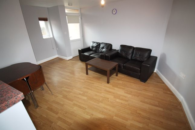 Thumbnail Semi-detached house to rent in Hunters Road, Spital Tongues