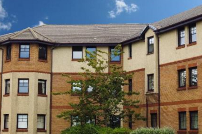 Thumbnail Flat to rent in Powmill Gardens, Prestwick