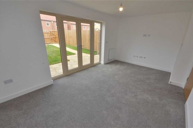 Thumbnail Terraced house for sale in Maybury Road, Hull