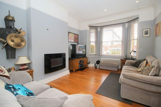 Thumbnail Terraced house for sale in Grecian Crescent, London
