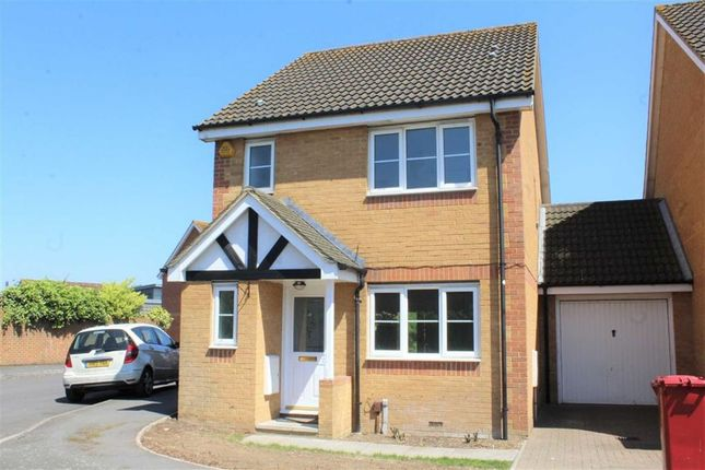 Thumbnail Detached house to rent in Gowings Green, Slough, Berkshire