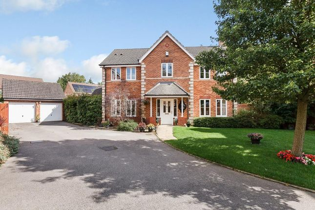 Thumbnail Detached house for sale in Sandstone Close, Calvert, Buckingham, Buckinghamshire