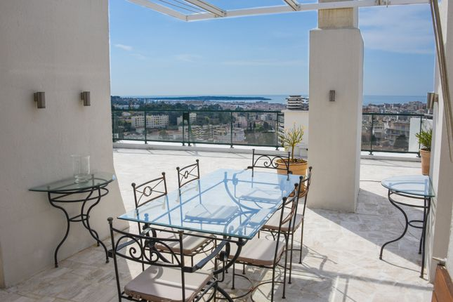 4 bed apartment for sale in Le Cannet, Alpes-Maritimes, France