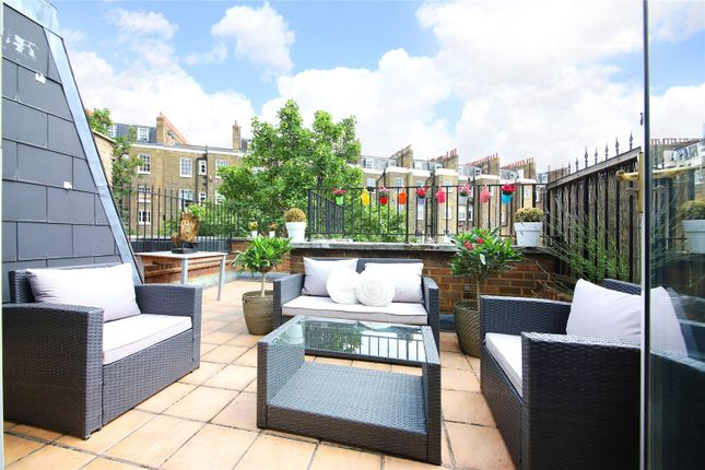 Terreace of Warwick Way, Pimlico, London SW1V