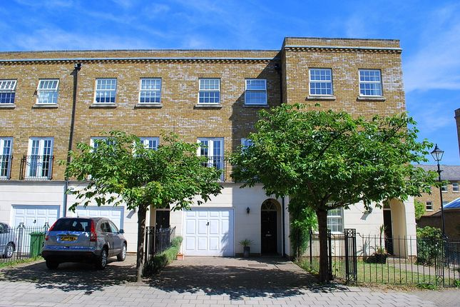 Thumbnail Terraced house to rent in Chadwick Place, St James Park, Surbiton