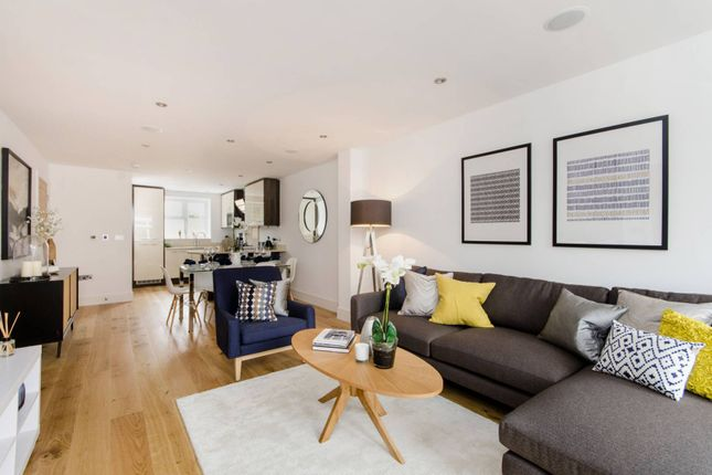 Thumbnail Property for sale in Blandfield Road, Balham