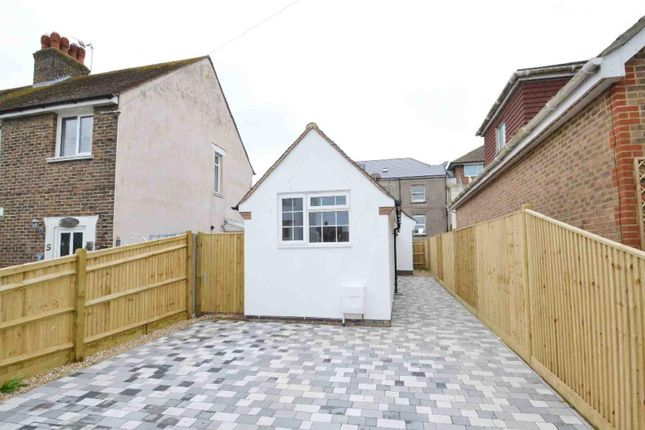 Thumbnail Property for sale in Richmond Road, Pevensey Bay, Pevensey