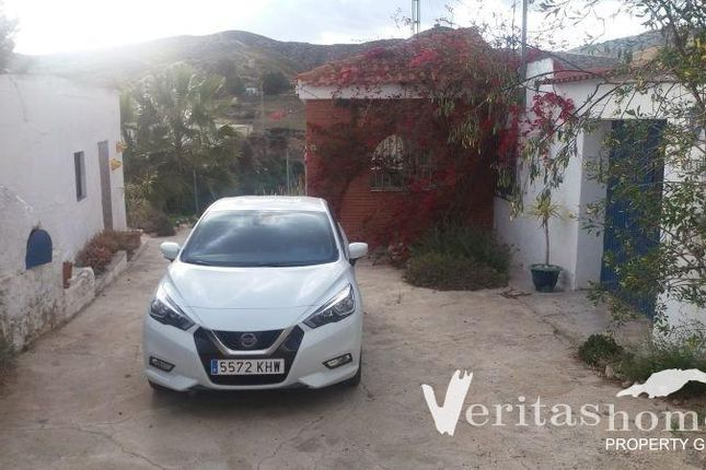 4 bed country house for sale in Gafares, Almeria, Spain