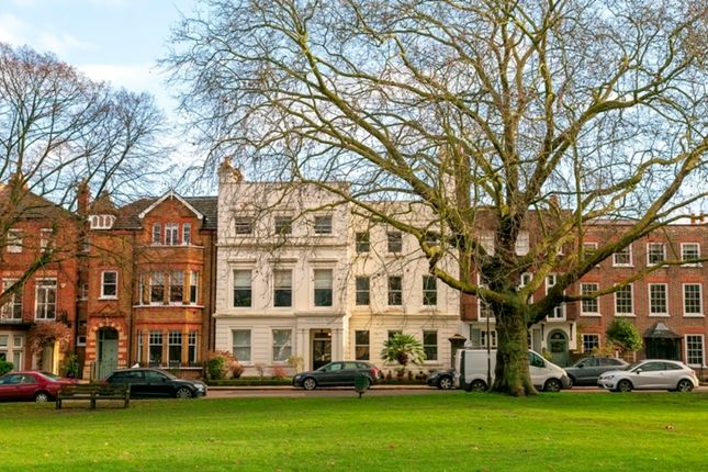 Thumbnail Flat for sale in Kew Green, Richmond, Surrey