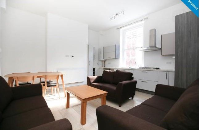 Thumbnail Flat to rent in 9 St. James Street, Newcastle Upon Tyne, Tyne And Wear