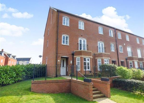 Thumbnail Town house for sale in Melrose Walk, Tewkesbury