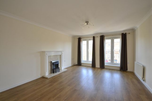Thumbnail Flat to rent in Thackeray, Horfield