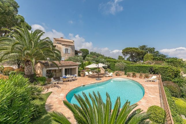 Villa for sale in Vallauris, French Riviera, France