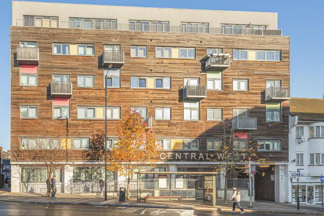 Thumbnail Flat for sale in Ruislip Road East, Greenford