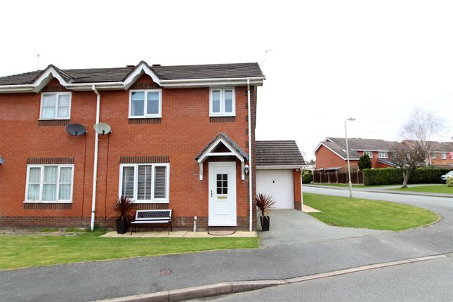 3 bed detached house to rent in Aspen Court, Weston Rhyn, Oswestry SY10