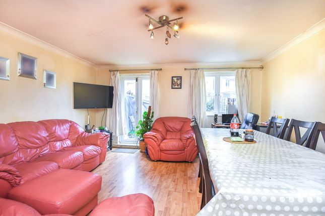Thumbnail Town house for sale in Old School Place, Waddon, Croydon