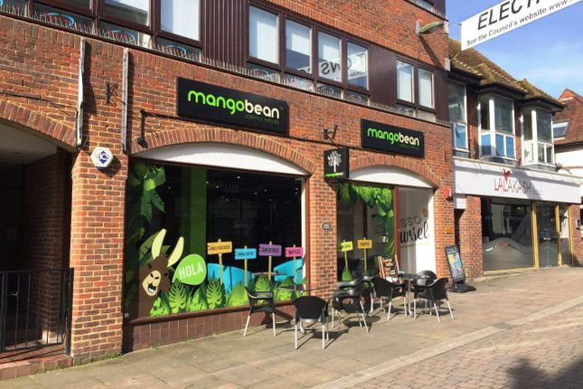 Thumbnail Restaurant/cafe for sale in High Street, Leatherhead
