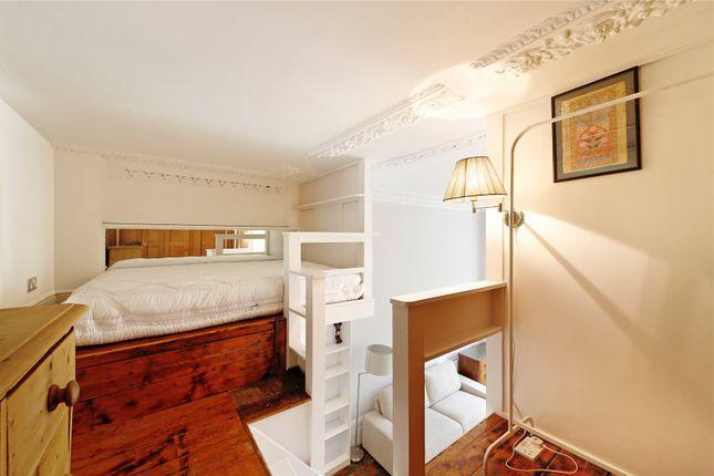 Bedroom of Pembridge Square, Notting Hill, London W2