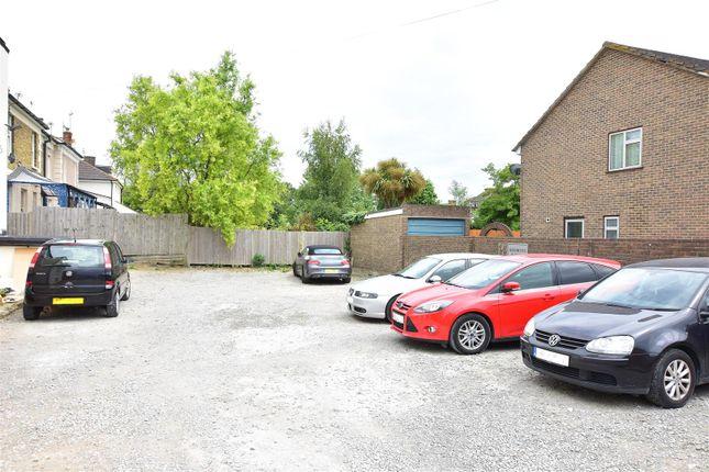 Parking of Overcliffe, Northfleet, Gravesend DA11